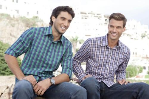 Camisa xadrez com seu amigo