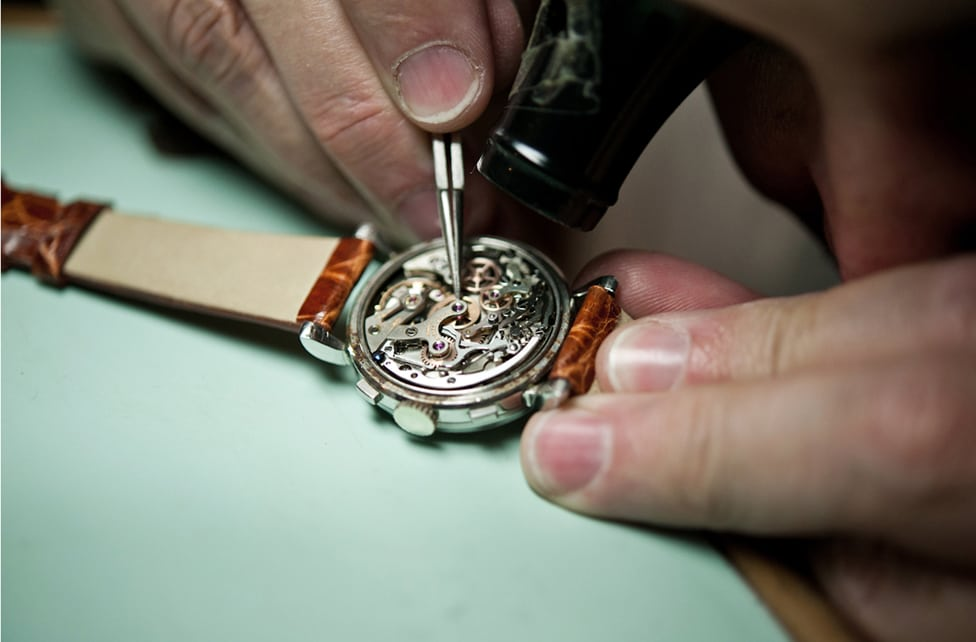 Relógio Masculino, Como ajustar, em casa ou no relojoeiro