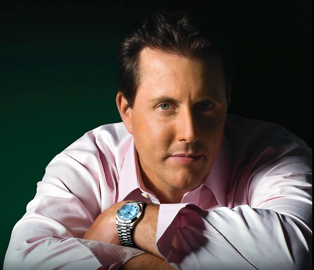 Este é Phil Mickelson, um dos melhores jogadores de golfe do mundo usando um Rolex Day Date maravilhoso.