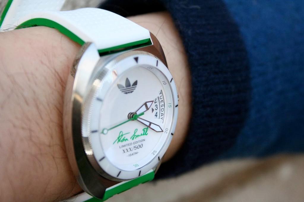 """Este Adidas """"Stan Smith"""" é sport e ao mesmo tempo casual. Relógio versátil para várias ocasiões."""