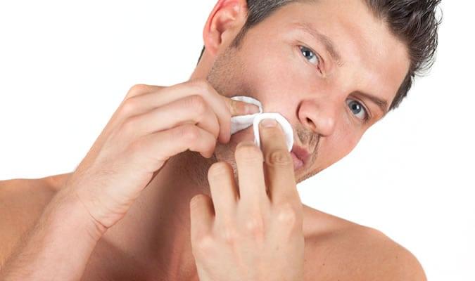 cuidado-masculino-espinha-tecido-mpm