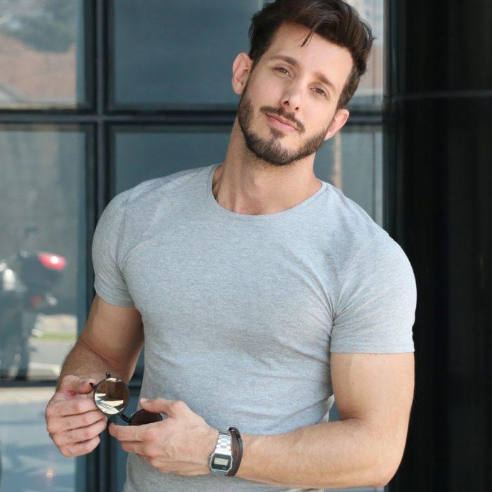 Rodrigo Perek é uma das Figuras da moda masculina bem conhecidas aqui no Brasil